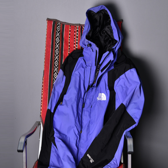 TNF x Goretex 90s Mountain jacket Purple/Black [M]